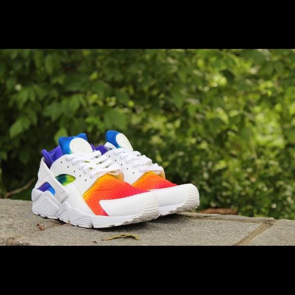 24b1c06eb05aa Custom Rainbow Nike Huaraches NWT